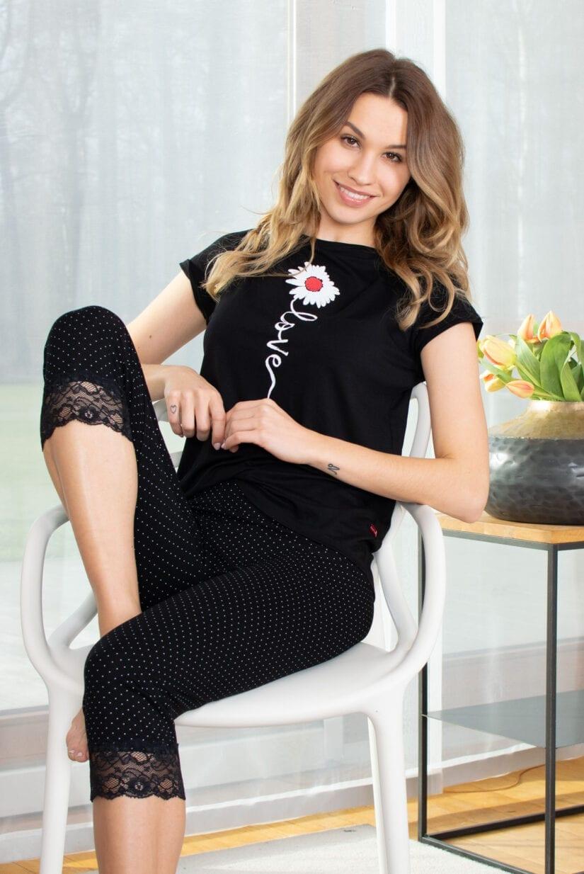 Piżama damska STOKROTKA spodenki 3/4 + koszulka
