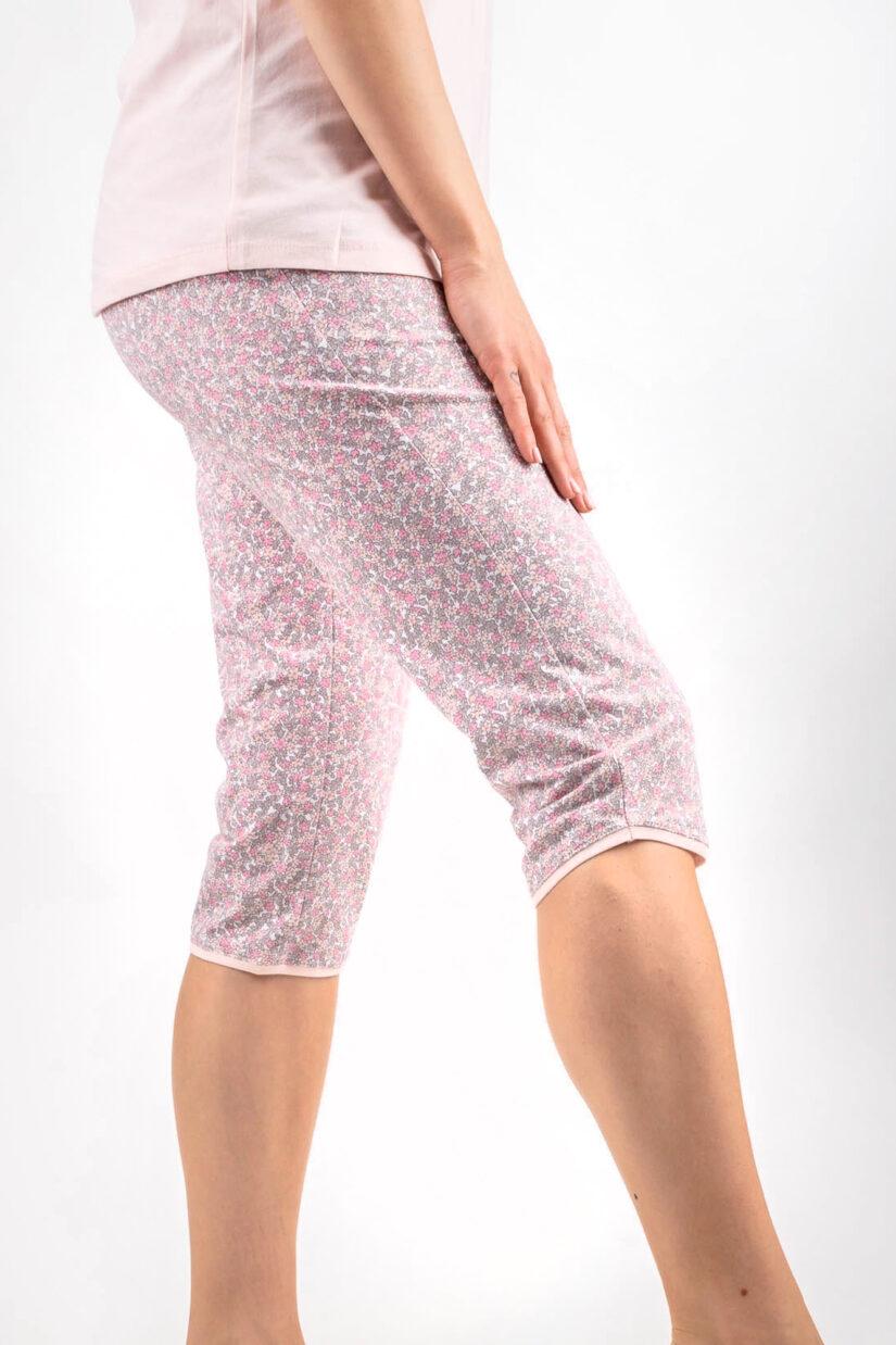 muzzy-nightwear-pizama-serce-kwiaty-rozowa-spodnie-za-kolano