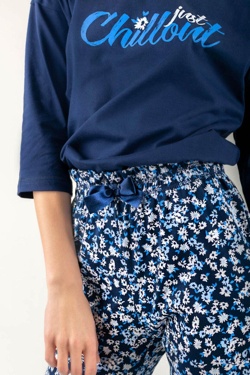 Piżama bawełniana CHILLOUT granatowa bluzka oversize spodnie ⅞ zbliżenie
